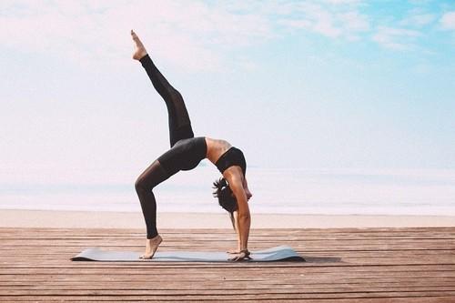 Прежде чем выйти из класса йоги, попробуйте эти советы экспертов